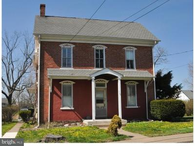 Perkasie PA Single Family Home For Sale: $349,999