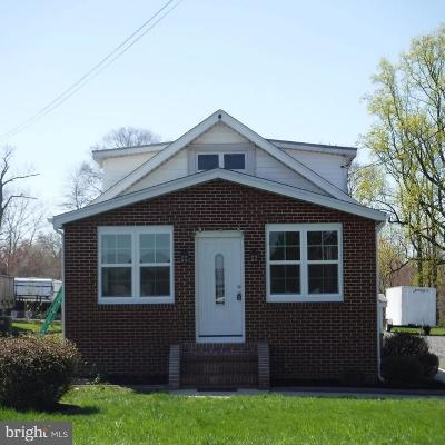 Linthicum Heights Single Family Home For Sale: 706 Hammonds Ferry Road N