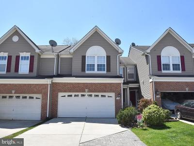 Townhouse Active Under Contract: 304 Golden Eagle Way
