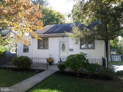 Abington Single Family Home For Sale: 1085 Highland Avenue