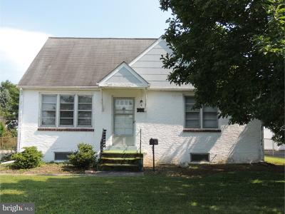 Newark Single Family Home Under Contract: 709 Elkton Road
