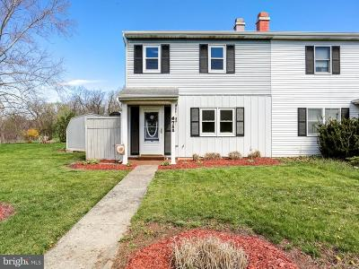 Camp Hill, Mechanicsburg Townhouse For Sale: 6711 Salem Park Circle