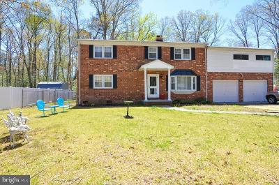 Westmoreland Shores Single Family Home For Sale: 405 Piney Forest Drive