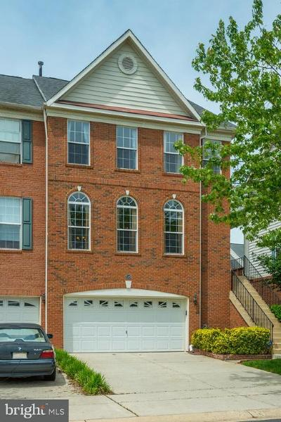 Chantilly Townhouse For Sale: 25499 Beresford Drive