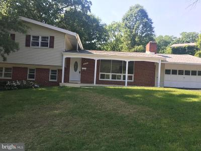 Adelphi Single Family Home For Sale: 2002 Wooded Way