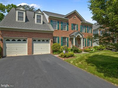 Woodbridge Single Family Home For Sale: 4745 Grand Masters Way