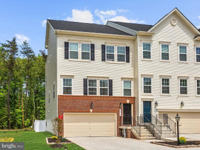 Glen Burnie Townhouse For Sale: 624 Bracey Drive
