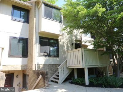 Vienna Townhouse For Sale: 2623 Glengyle Drive #96