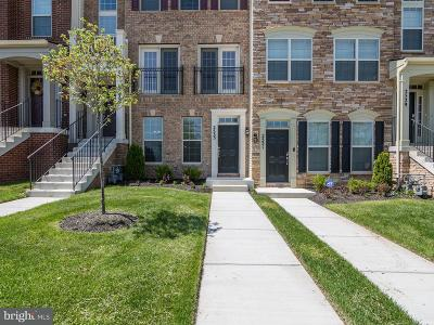 Lanham Townhouse For Sale: 2533 Campus Way N