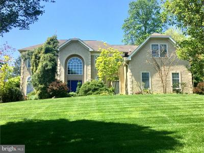 Newtown Square Single Family Home For Sale: 1 Maplewood Drive