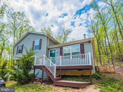 Frederick County Single Family Home For Sale: 109 Huron Trail