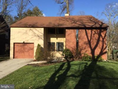 Bryn Mawr Single Family Home Active Under Contract: 130 Drakes Drum Drive