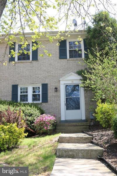 Middletown Townhouse For Sale: 76 Boileau Court