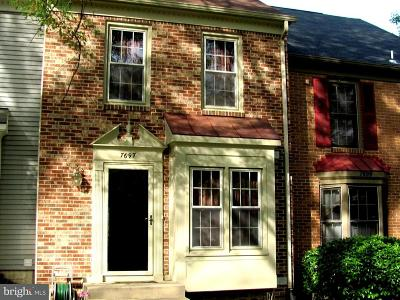 Burke, Springfield Townhouse For Sale: 7697 Northern Oaks Court