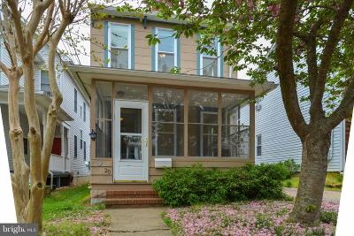 Annapolis Single Family Home Under Contract: 20 Woodlawn Avenue