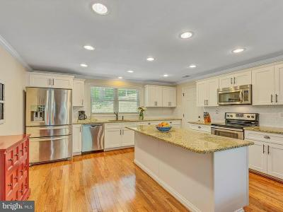 Prince Frederick Single Family Home For Sale: 4390 Woodview Lane