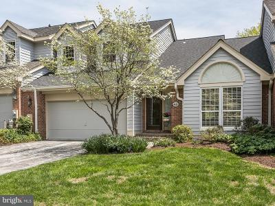 Lutherville Timonium Townhouse For Sale: 45 Seminary Farm Road