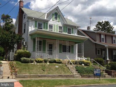 Single Family Home For Sale: 41 S 18th Street