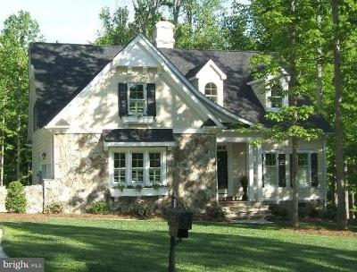 Single Family Home Under Contract: 792a Cottage Court