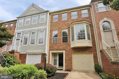 Alexandria Townhouse Under Contract: 6518 Osprey Point Lane