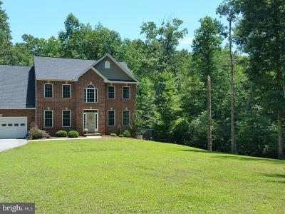 Hughesville Single Family Home For Sale: 16606 Pond Bluff Court