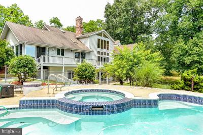 North East Single Family Home For Sale: 364 Walnut Lane