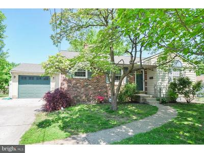 Bellmawr NJ Single Family Home For Sale: $199,990