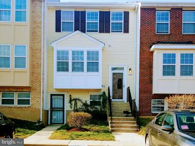 Suitland Townhouse For Sale: 4342 Applegate Lane #6