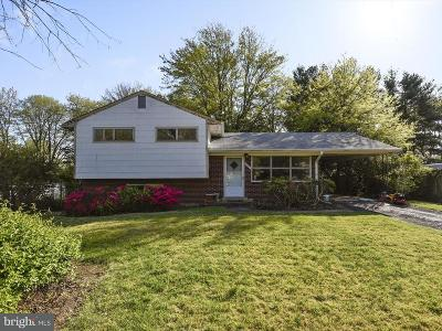 Alexandria Single Family Home Active Under Contract: 6303 Climbhill Road