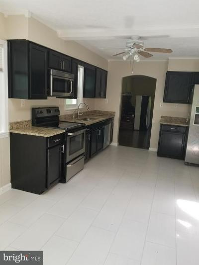 Stafford Single Family Home For Sale: 16 Inez Way