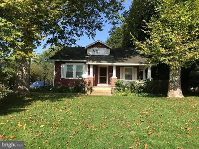 Finksburg Single Family Home Active Under Contract: 2724 Old Westminster Pike