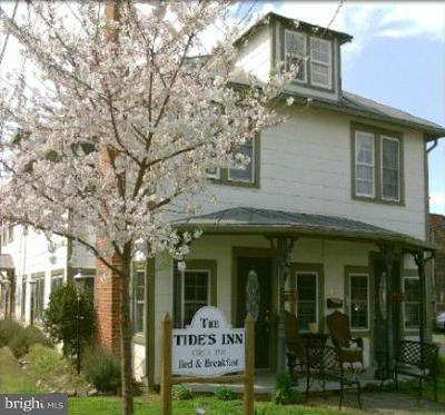 Colonial Beach Rental For Rent: 200 N. Irving Avenue
