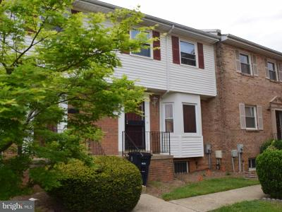 Suitland Townhouse For Sale: 2947 Sunset Lane
