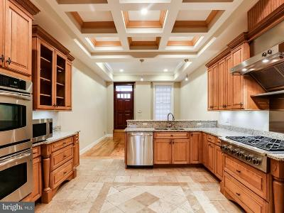 Baltimore Townhouse For Sale: 3206 O'donnell Street