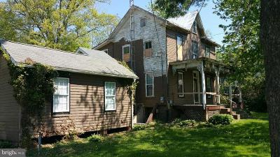 Single Family Home For Sale: 4380 Bark Hill Road