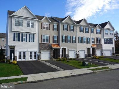 Woolwich Township Townhouse For Sale: 131 Bantry Street