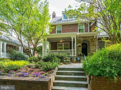 Washington Single Family Home For Sale: 2920 Cortland Place NW