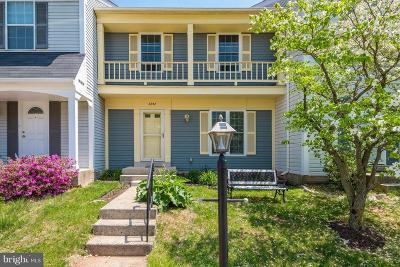 Reston, Herndon Townhouse For Sale: 3252 Tayloe Court