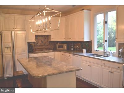 Newtown Square Single Family Home For Sale: 102 Weatherburn Way