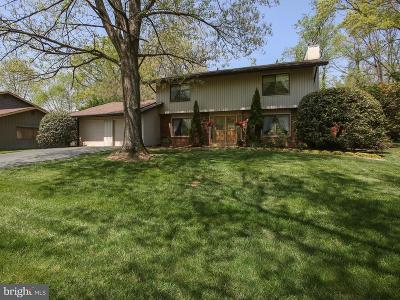 Brookeville Single Family Home For Sale: 18608 Queen Elizabeth Drive