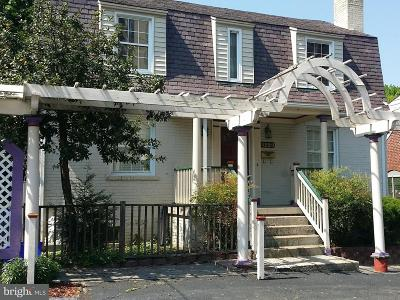 Chevy Chase MD Single Family Home For Sale: $900,000
