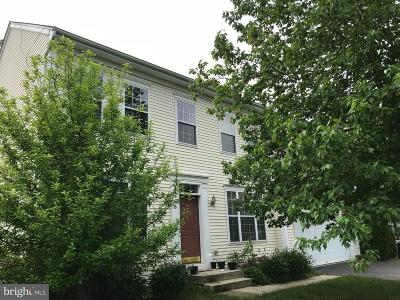 Bordentown Single Family Home For Sale: 18 Sagamore Lane