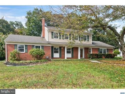 Centreville Single Family Home For Sale: 5905 Carriage Circle