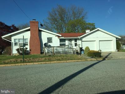 Smyrna Single Family Home Under Contract: 230 N High Street