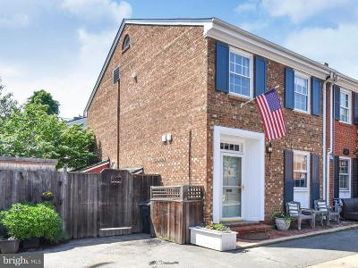 Old Town, Old Town Alexandria Townhouse For Sale: 509 Jefferson Court