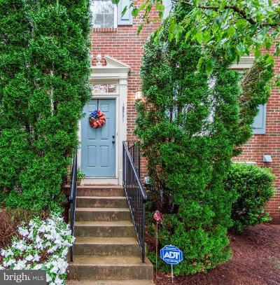 Dumfries Townhouse For Sale: 15771 Viewpoint Circle