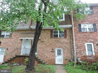 Dale City Townhouse For Sale: 14892 Emberdale Drive