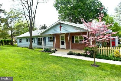 Kearneysville Single Family Home For Sale: 1223 Archer Road