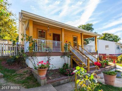 Riverdale Single Family Home For Sale: 5711 Somerset Road