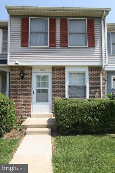 Woodbridge VA Condo For Sale: $218,400